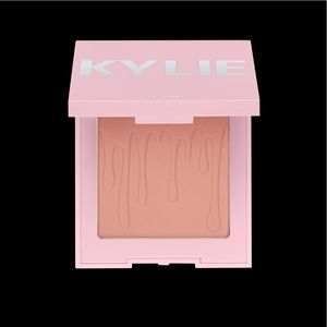 Kylie Close to Perfect Blush